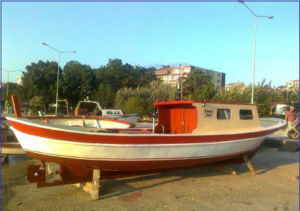 Kamaralı Ahşap Tekne