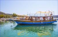 Antalya'da Gezi Teknesi
