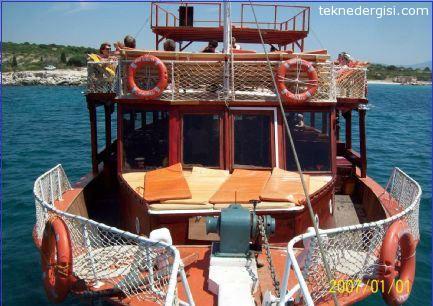 Didim'de Satılık Gezi Teknesi