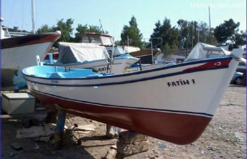 Ayvalık Ahşap Balıkçı Teknesi