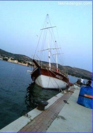 Ahşap Gezi Teknesi