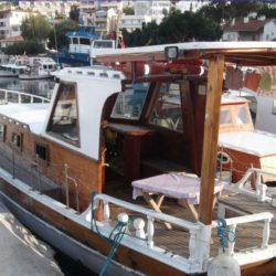 Satılık Ahşap Tekne Güllük
