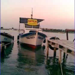 Balıkçı Teknesi İzmir